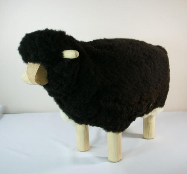 mouton tabouret hauteur 40 cm en peau naturelle chez sable et jasmin. Black Bedroom Furniture Sets. Home Design Ideas